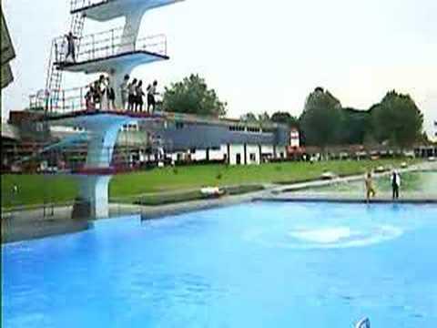 Turmspringen Aus Bremen Weserstadion Freibad - YouTube