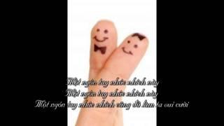 #10 Một ngón tay nhúc nhích Một ngón tay nhúc nhích cũng đủ làm ta vui cười )
