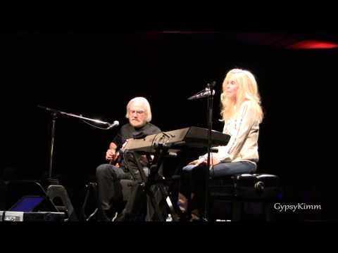 Kim Carnes ~ Don't Fall in Love with a Dreamer (Live 5-25-2013)
