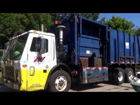Republic Services Ex Aaa Mack Le Heil Recycle