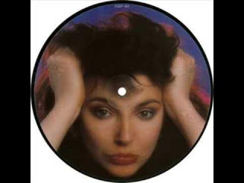 Kate Bush - The big sky (meteorological mix) Lyrics