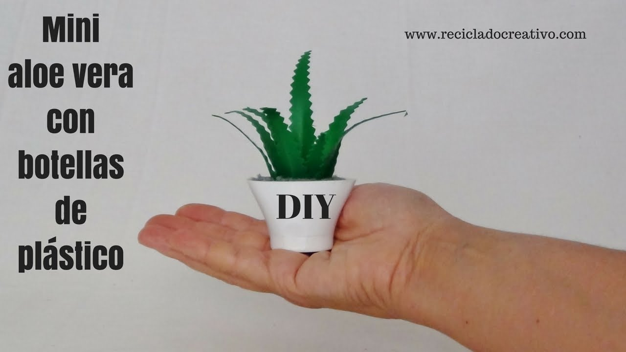 C mo hacer mini macetas con tapones de botellas de for Adornos con botellas para plantas