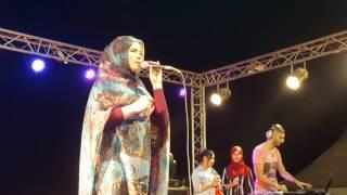 صوت الحسن ينادي الفنانة صحراوية نغم في المهرجان التبوردة بجماعة الترابية عين الشقف في دورته الثانية