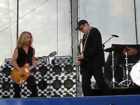 Ain't That A Shame Cheap Trick with Tommy Shaw