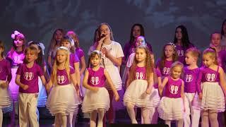 Скачать В исполнении ансамбля ШЭИ Дарьи Шульгиной 9 мая Весна