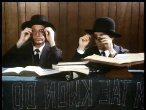 Fridays (2/4) Enter The Matzoi (1980)