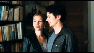 Ешь, молись, люби (2011)