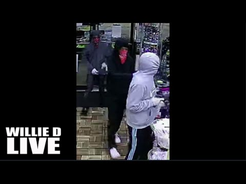 Wild, Wild, West! Band of Armed Girls Robs Store In Texas