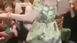 عاجل😲😲وردة شارلومانتي ترقص على اغنية  الشاب بيلو مداحات cheb bello dance medahate 😍😍