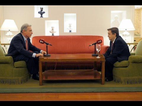 """Álvaro Uribe: """"En Europa es muy fácil hablar de paz y muy arriesgado hablar de seguridad"""""""