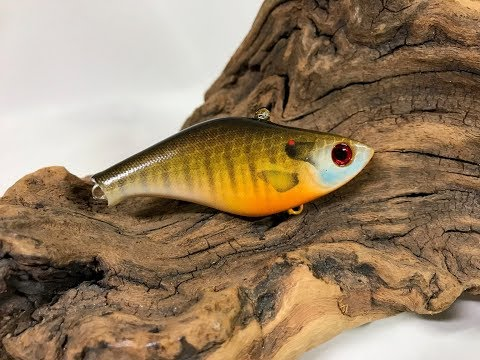Painting a Realistic Blue Gill Crankbait