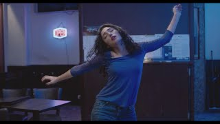 Download Video Golshifteh Farahani dancing  (Two Friends/ Les deux amis) MP3 3GP MP4