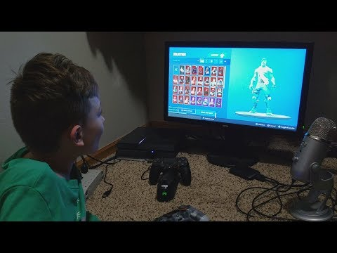 """My Son's Reaction To Me Buying Him The """"Frozen Legends Bundle"""" In Fortnite (Frozen Legends Pack)"""