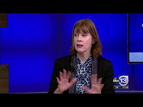 Suzanne Vega stars in show about the life of Carson McCullers