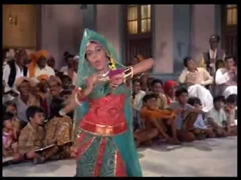 Haathon mein mehandii - Lata - Uphaar (1971)