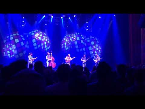 Groundspeed - Tony Trischka picking with Billy Strings at The Capitol Theatre Port Chester