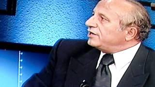 Yasar Nuri Öztürk Bugünkü Camilerin/Namazlarin Islamla ilgisi yoktur.Helal Yasar Nuri Öztürk