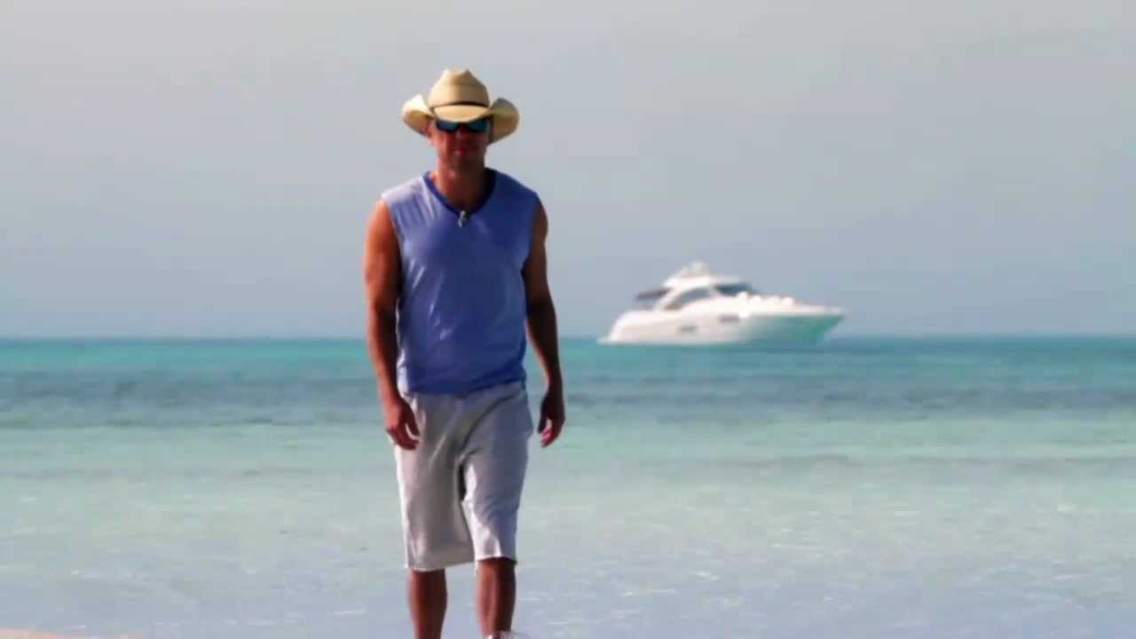 f22bfc7b9ac54 Kenny Chesney Limited Edition 2012 Costa Del Mar Sunglasses - YouTube