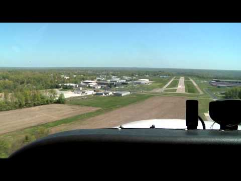 Garmin GI-260 Angle of Attack Indicator featured in Cessna 172 Landing