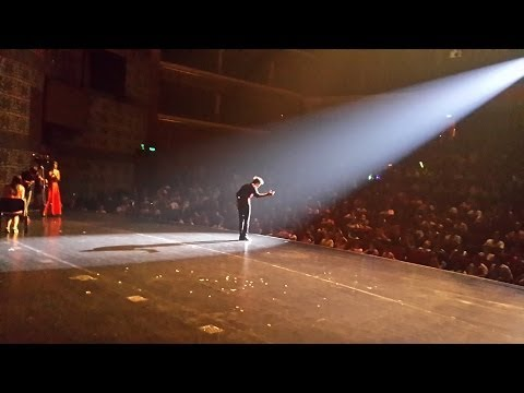52 Shades of Red (LIVE) // Shin Lim