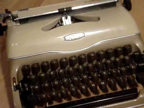 1958 triumph norm perfekt typewriter youtube. Black Bedroom Furniture Sets. Home Design Ideas
