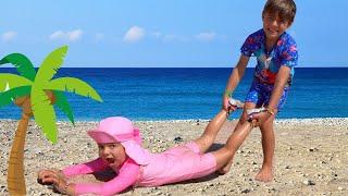 De ce Bogdan nu o lasa pe Anabella in mare? Istorioara amuzanta pentru copii