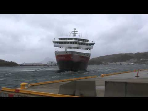 MS Nord Norge go to the Hurtigruten pier in Bodø