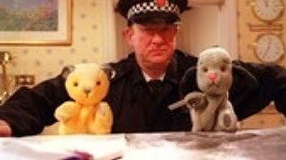 Sooty Heights S01E11 - Bumps in the Night