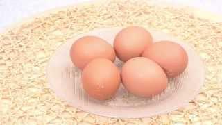 Как сварить разбитые яйца