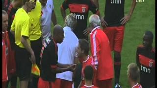 SKANDAL im Testspiel F95 vs Benfica Lissabon !!! Luisao knockt Schiri aus !!