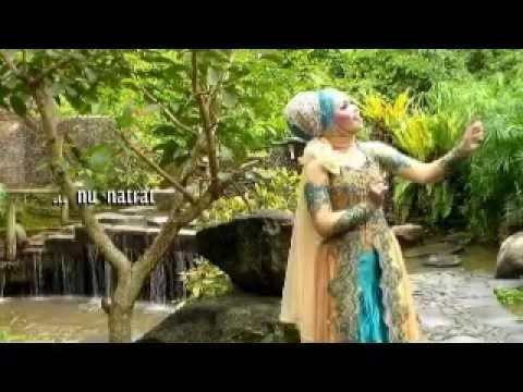 Sanes Tepang Munggaran - Puji Permata Sari