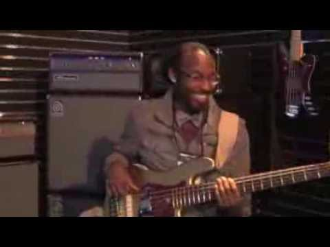 AMPEG - NAMM 2014 - Mr. Eric Play that Bass!