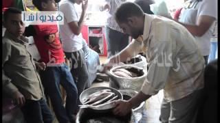 بالفيديو الفسيخ وجبة شم النسيم الشهية بكفرالشيخ