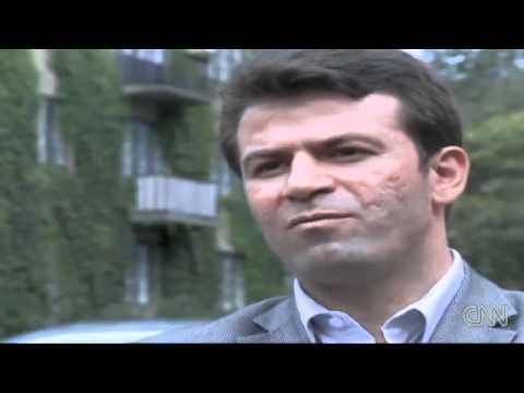 Condemned Iranian woman (Sakineh Mohammadi Ashtiani) denounces lawyer - 12 August 2010