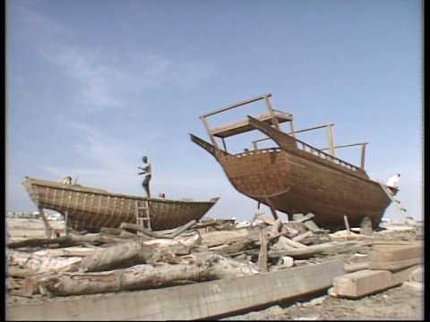 Dubai - UAE - boat building - 1991