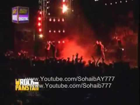 Entity Paradgim feat. Mekaal Hassan -  Bolo Bolo(LIVE Cover) - RoCK on Pakistan