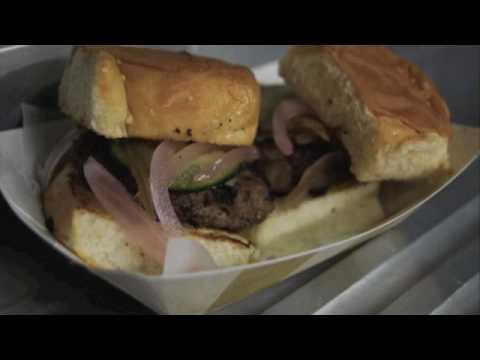 Flying Pig Truck - Los Angeles Food Trucks & Carts - MobileCravings.com