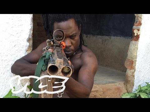 Wakaliwood: Tren Terbaru Film Laga DIY Dari Uganda