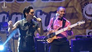 YANG TERLUPAKAN Iwan Fals MOZA COVER Live at UNIGORO