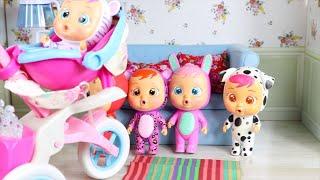 GUARDERIA JUGUETES BEBES LLORONES casa de muñecas! CUENTO bebes llorones