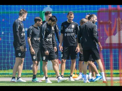 لاعبو أوروغواي يعترفون بالتوتر أمام الفراعنة