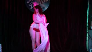 Red Herring Burlesque Presents - Candy Cane Wrap