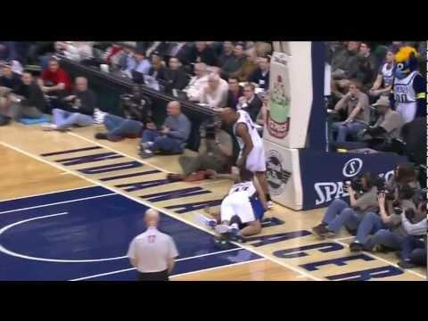 Kris Humphries Insane Block on Dahntay Jones Fastbreak, Nets @ Pacers (2-1-12)