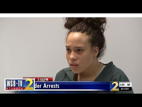Teen looks stunned as she's charged with murder | WSB-TV indir