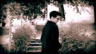 Balkan Fanatik feat. Rajkó Zenekar - Más öleli a babámat (Official Video )