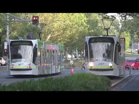 Melbourne Grand Prix Trams Arts Precict 2017