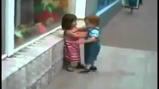 дети целуются(подписывайтесь., 2015-02-03T08:49:01.000Z)