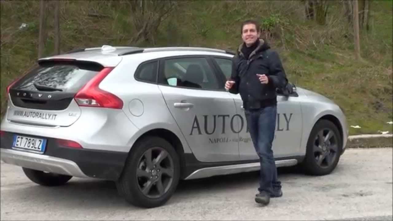 test su strada volvo v40 cross country 1 6 diesel 115 cv youtube. Black Bedroom Furniture Sets. Home Design Ideas