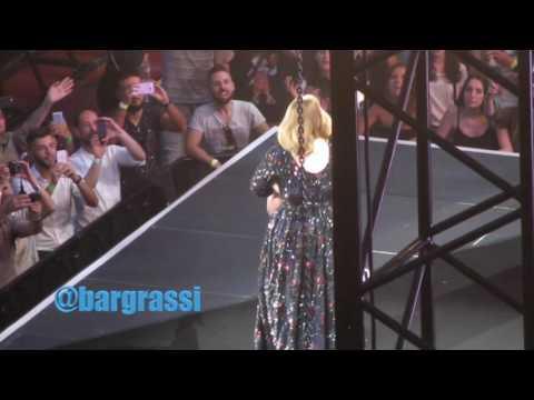 Adele - Hello, Arena di Verona 2016