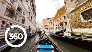 Take a 360° VR Gondola Ride In Venice! 🚣 (360 Video)